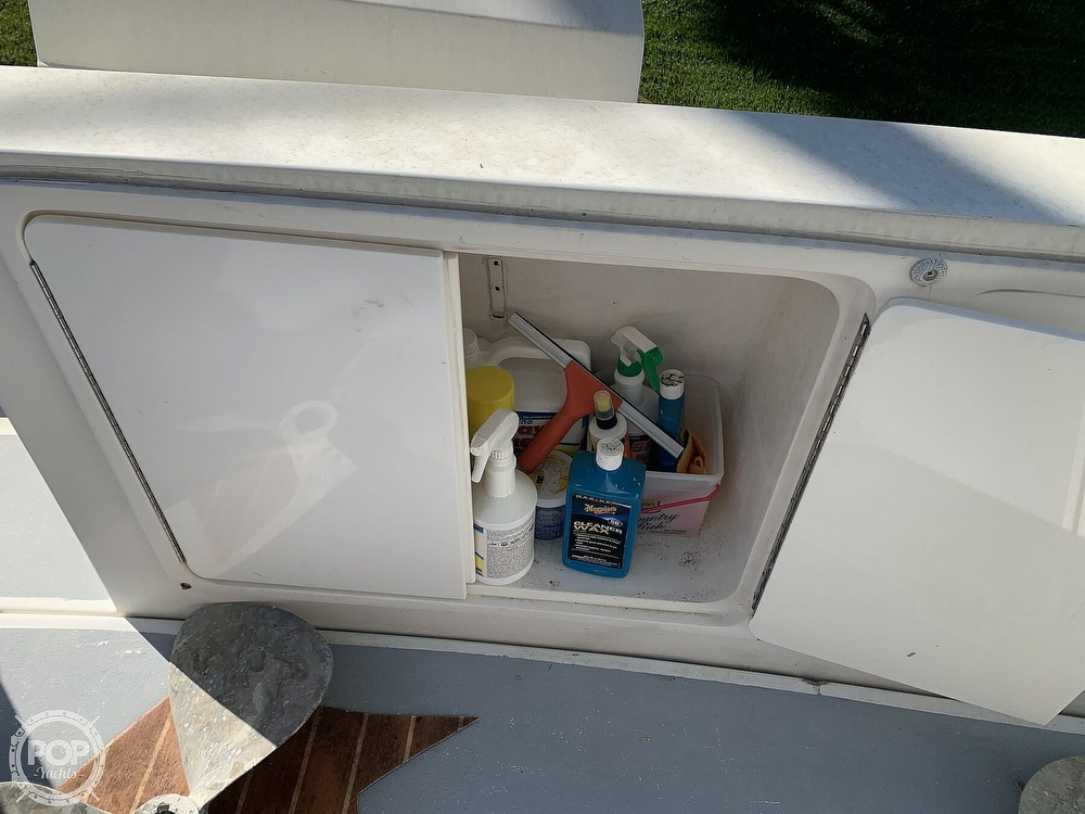 1994 Cruisers Yachts boat for sale, model of the boat is 4285 Express Bridge & Image # 27 of 40