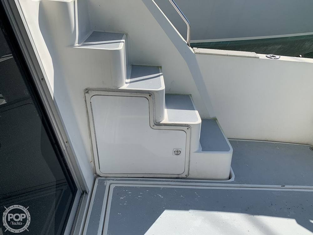 1994 Cruisers Yachts boat for sale, model of the boat is 4285 Express Bridge & Image # 31 of 40