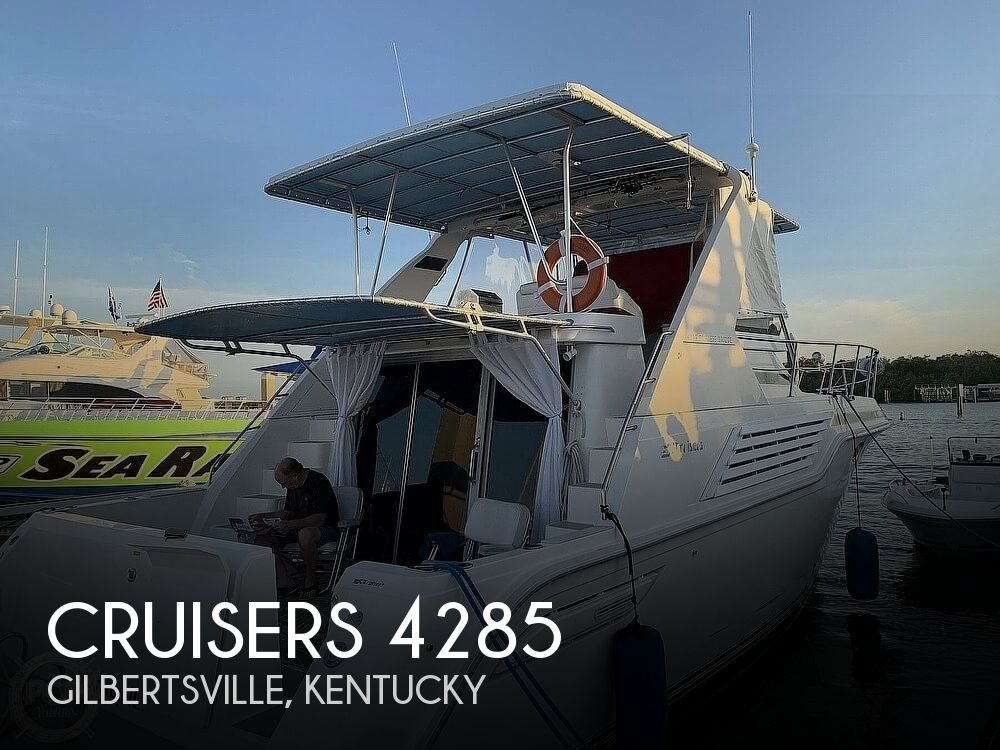 1994 CRUISERS YACHTS 4285 EXPRESS BRIDGE for sale