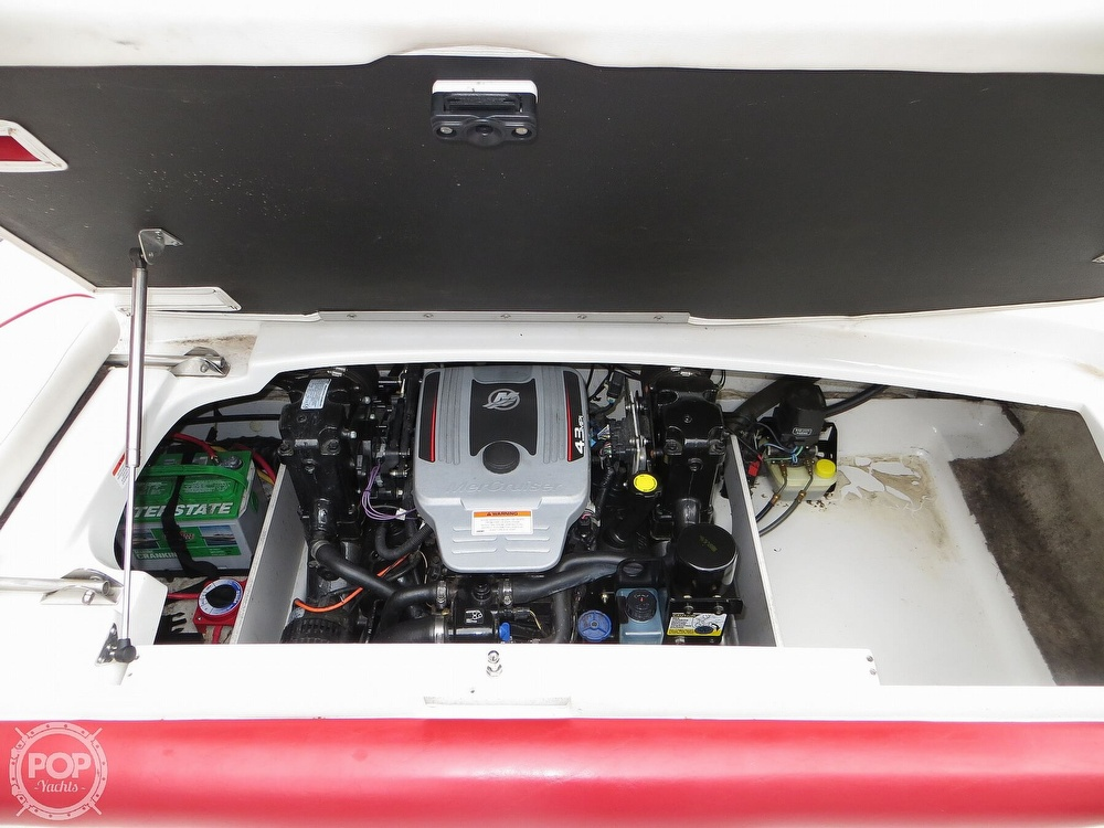 2013 Crownline boat for sale, model of the boat is 21 Ss & Image # 11 of 40