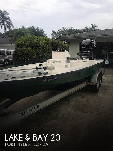 1994 Lake & Bay boat for sale, model of the boat is Gene Debois 20 & Image # 1 of 41