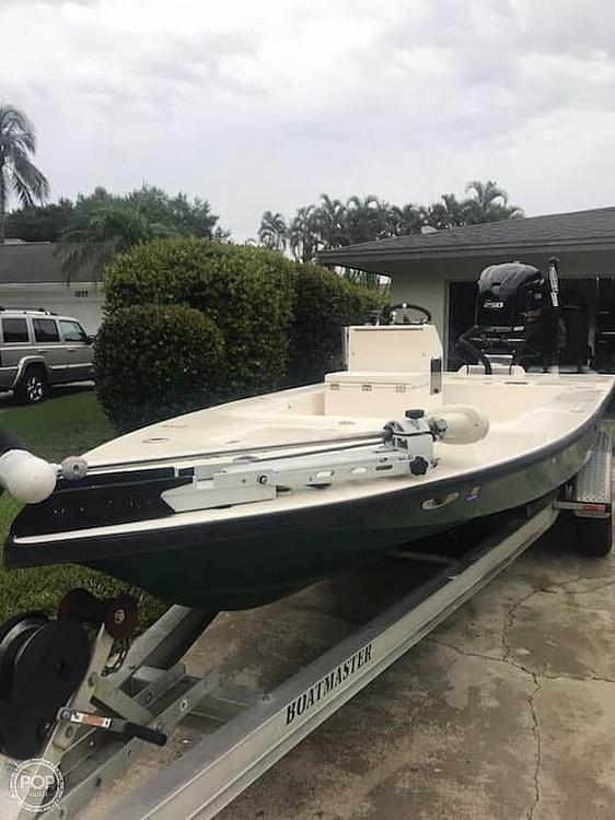 1994 Lake & Bay boat for sale, model of the boat is Gene Debois 20 & Image # 2 of 41