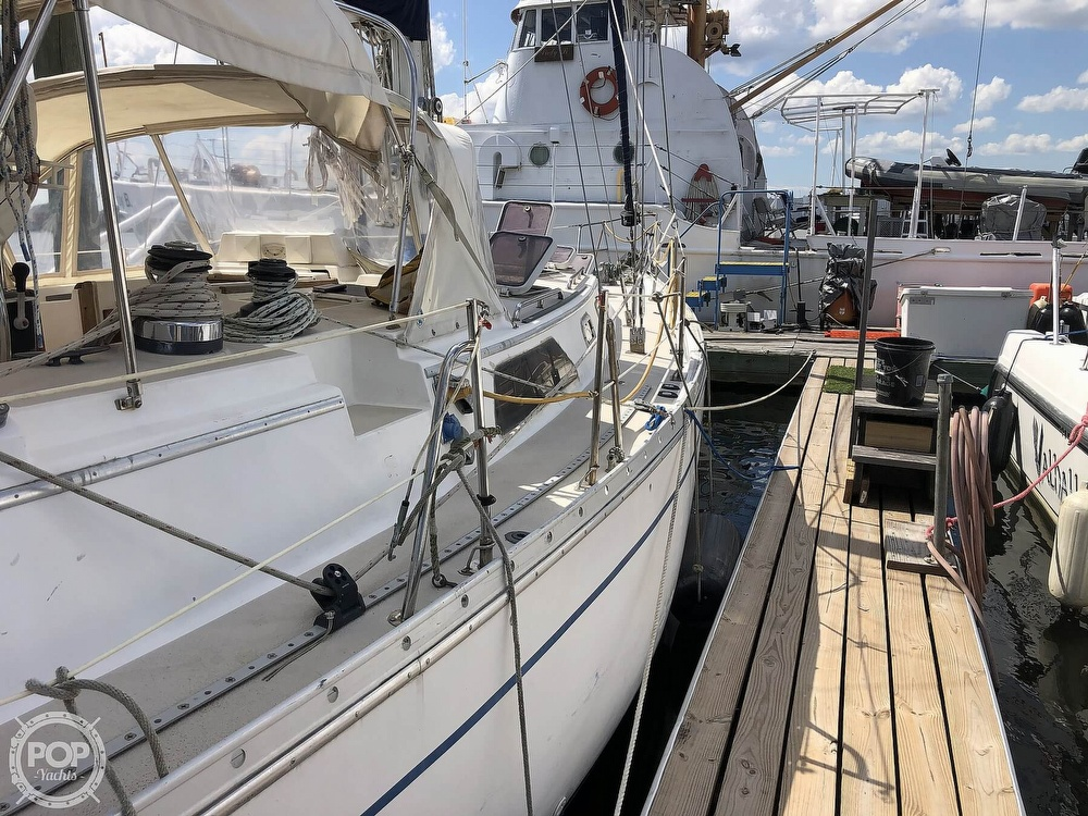 1988 Morgan boat for sale, model of the boat is CSY M44 & Image # 13 of 40