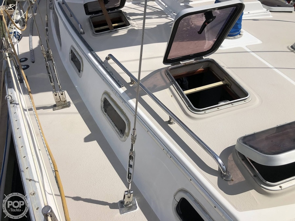 1988 Morgan boat for sale, model of the boat is CSY M44 & Image # 22 of 40