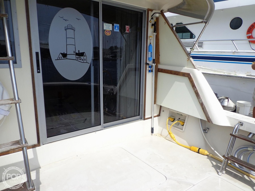 1987 Silverton boat for sale, model of the boat is 39 Convertible & Image # 19 of 40