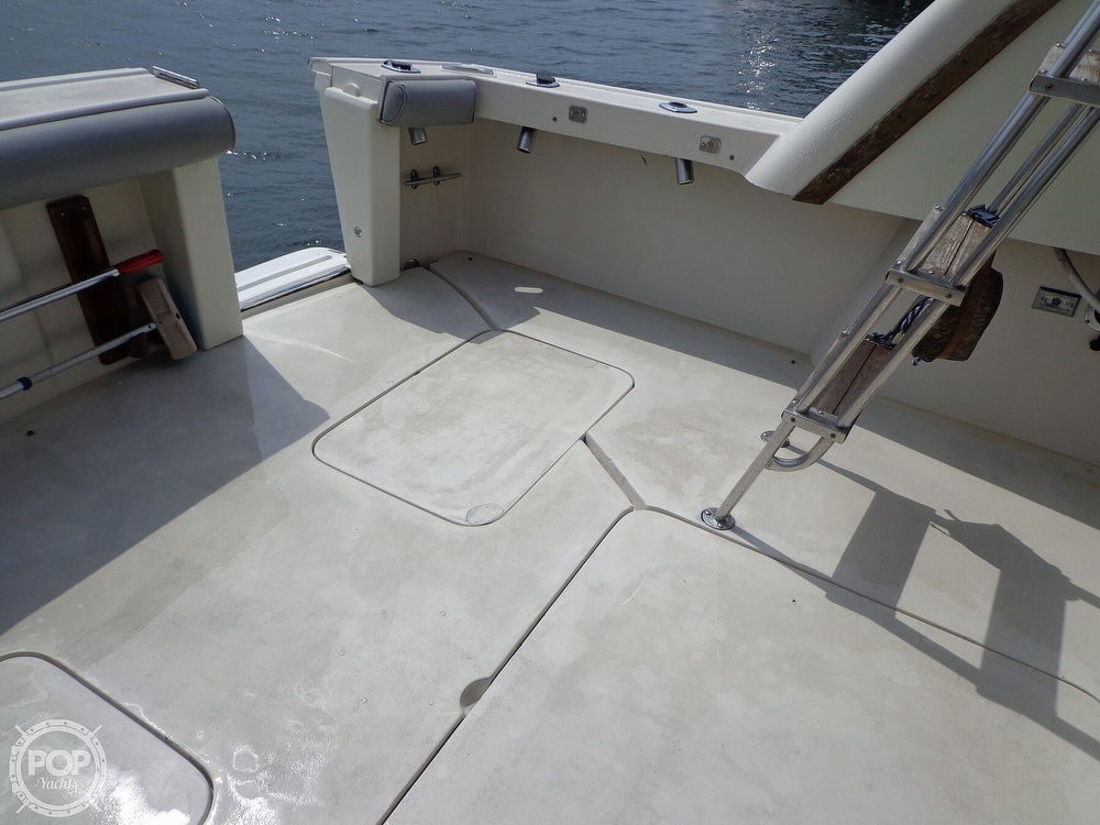 1987 Silverton boat for sale, model of the boat is 39 Convertible & Image # 25 of 40
