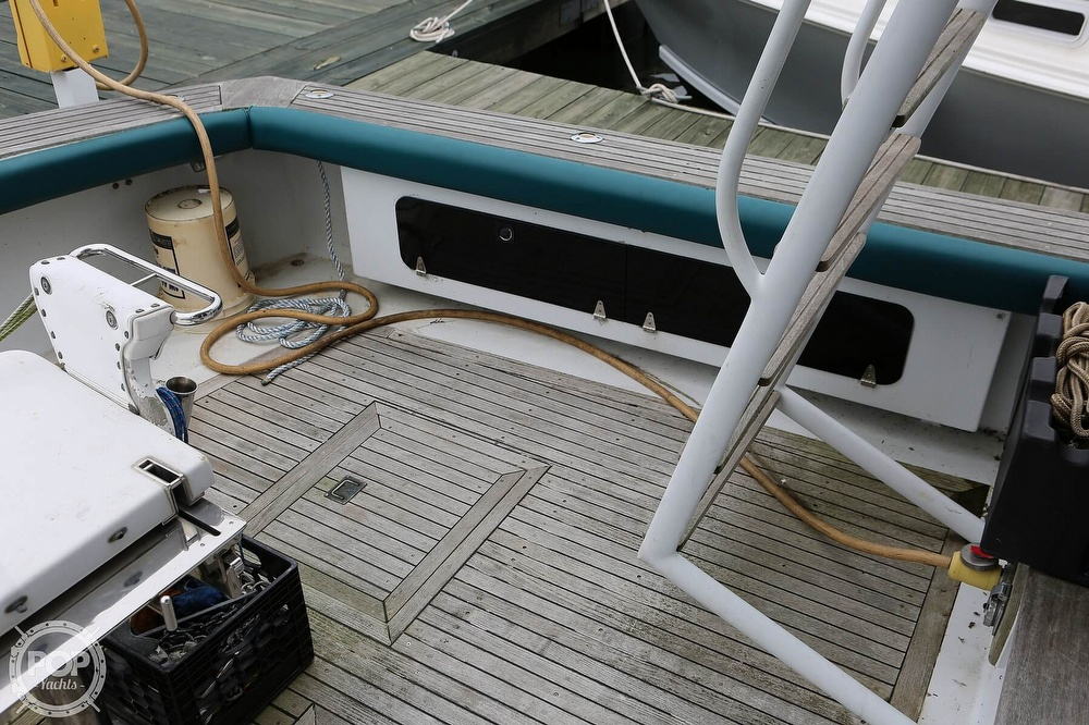 1975 Striker boat for sale, model of the boat is 44 & Image # 27 of 30