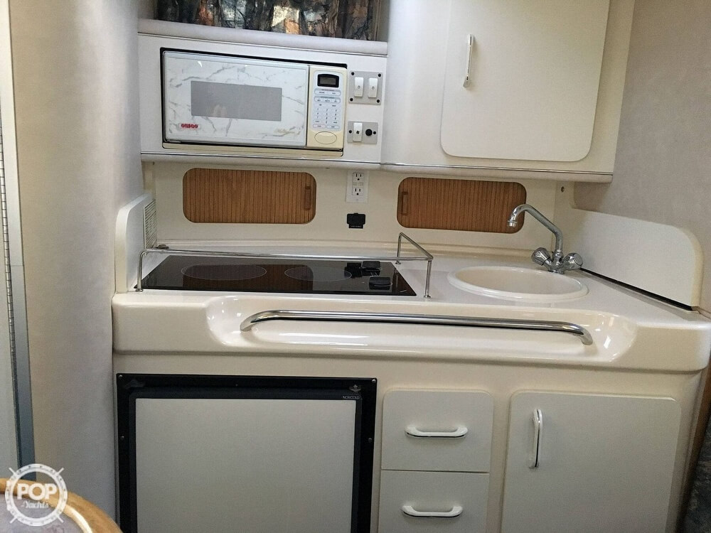 1996 Sea Ray boat for sale, model of the boat is Sundancer & Image # 5 of 40