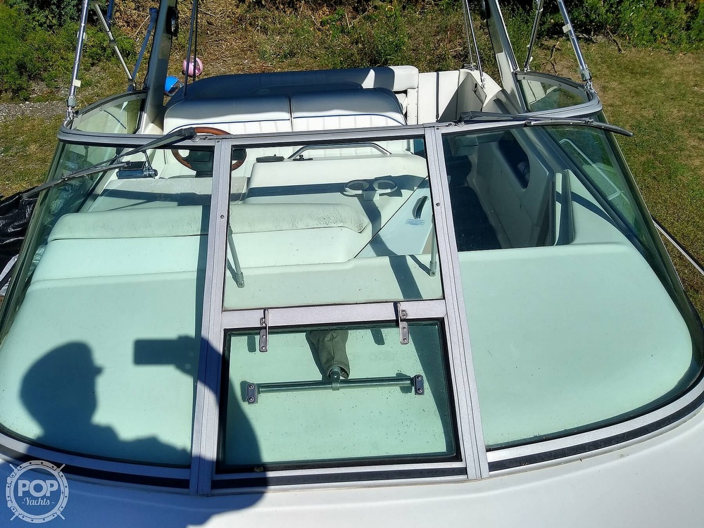 1996 Sea Ray boat for sale, model of the boat is Sundancer & Image # 12 of 40