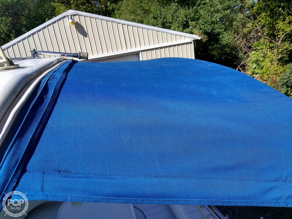 1996 Sea Ray boat for sale, model of the boat is Sundancer & Image # 18 of 40