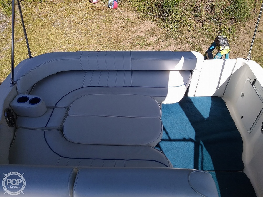 1996 Sea Ray boat for sale, model of the boat is Sundancer & Image # 33 of 40
