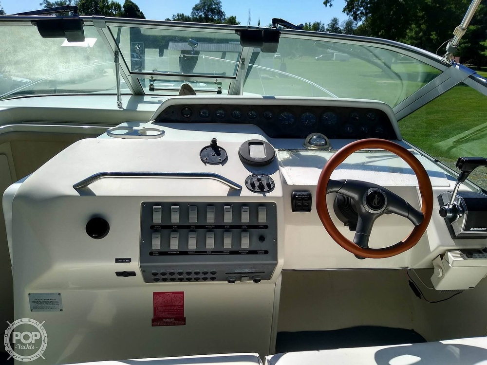1996 Sea Ray boat for sale, model of the boat is Sundancer & Image # 38 of 40