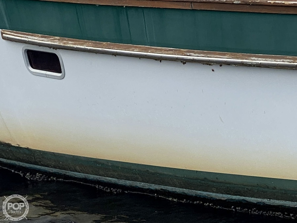 1987 Irwin boat for sale, model of the boat is 43-CC MK III & Image # 12 of 40