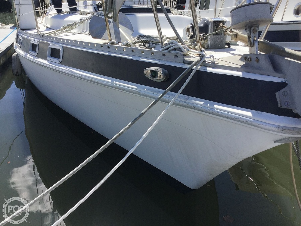 1980 Morgan boat for sale, model of the boat is Out Island 415 & Image # 15 of 40