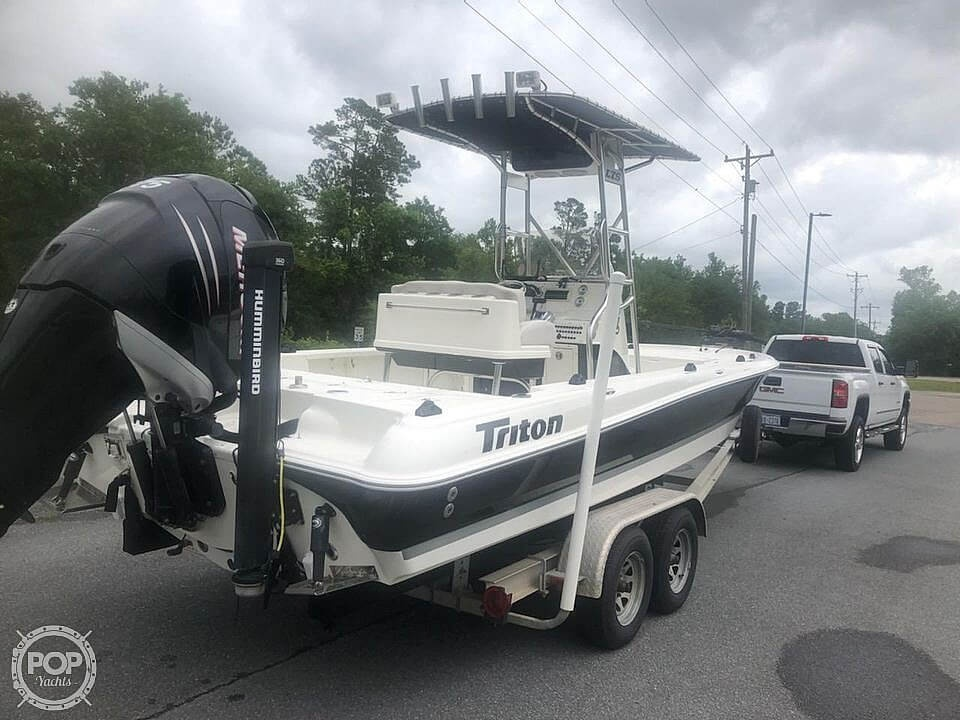 2009 Triton boat for sale, model of the boat is 240 LTS PRO & Image # 2 of 40