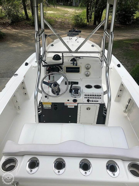2009 Triton boat for sale, model of the boat is 240 LTS PRO & Image # 4 of 40
