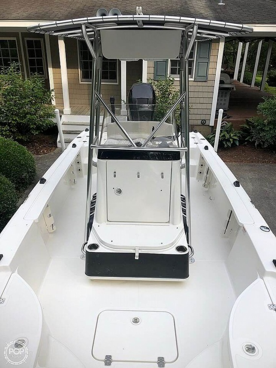 2009 Triton boat for sale, model of the boat is 240 LTS PRO & Image # 5 of 40