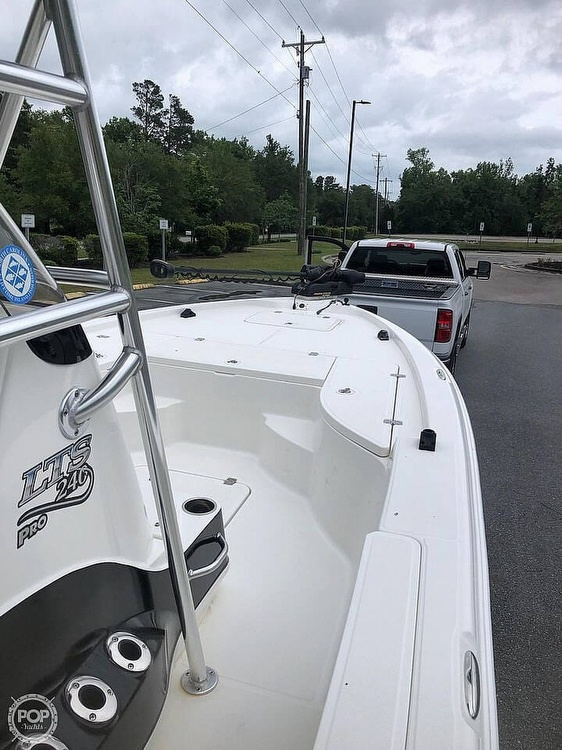2009 Triton boat for sale, model of the boat is 240 LTS PRO & Image # 9 of 40