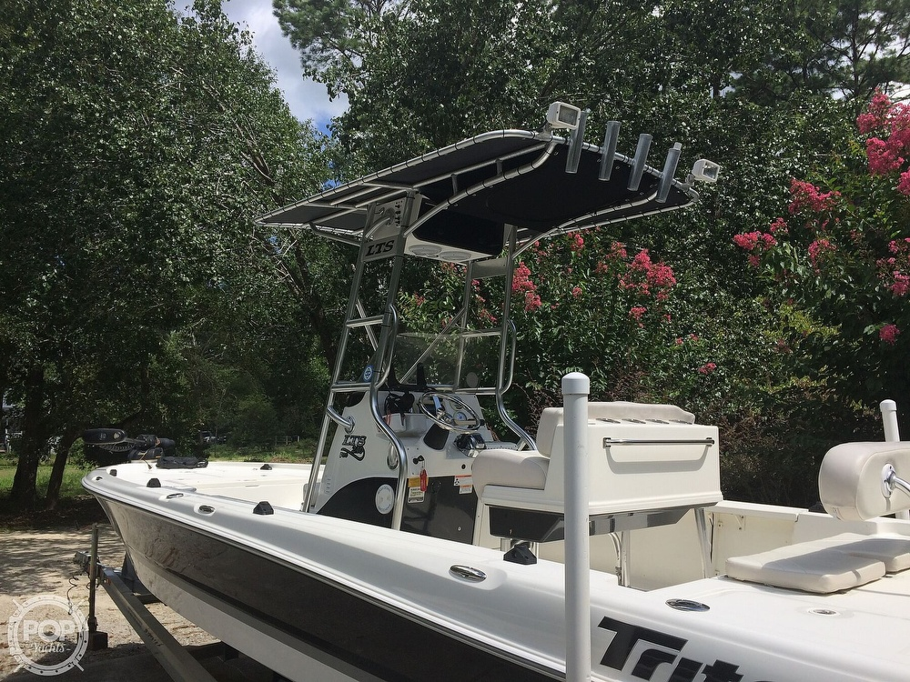 2009 Triton boat for sale, model of the boat is 240 LTS PRO & Image # 11 of 40