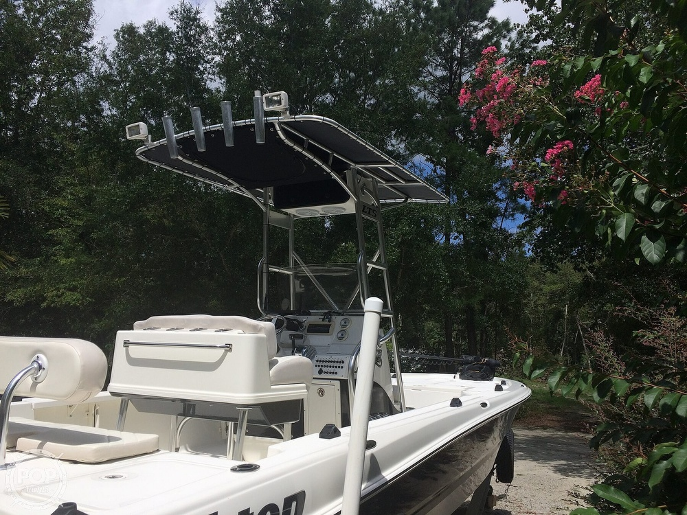 2009 Triton boat for sale, model of the boat is 240 LTS PRO & Image # 12 of 40