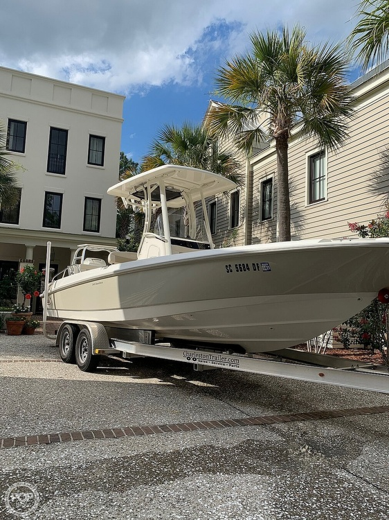 2017 Boston Whaler boat for sale, model of the boat is Dauntless 24 & Image # 1 of 14