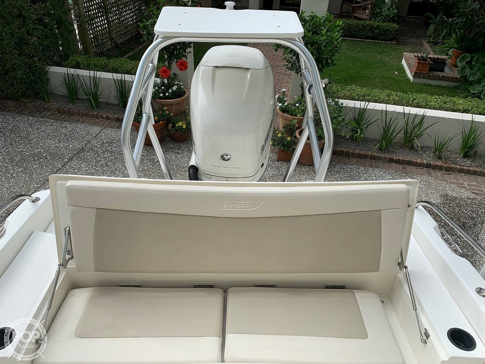 2017 Boston Whaler boat for sale, model of the boat is Dauntless 24 & Image # 7 of 14