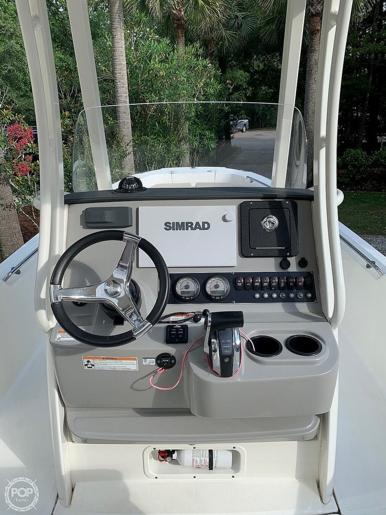 2017 Boston Whaler boat for sale, model of the boat is Dauntless 24 & Image # 9 of 14