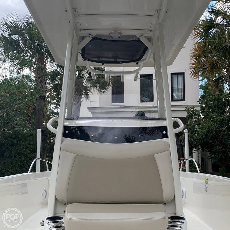 2017 Boston Whaler boat for sale, model of the boat is Dauntless 24 & Image # 11 of 14