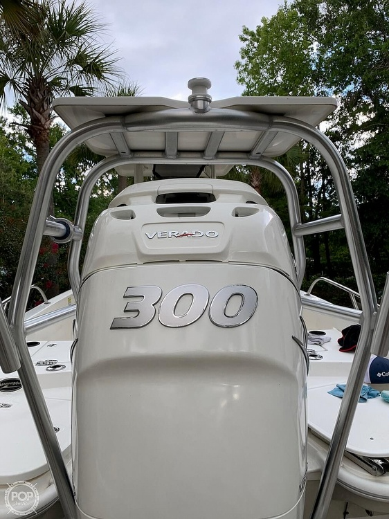 2017 Boston Whaler boat for sale, model of the boat is Dauntless 24 & Image # 12 of 14
