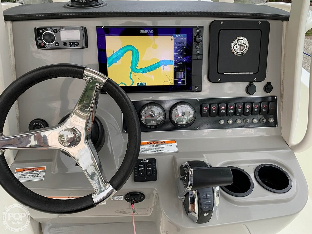 2017 Boston Whaler boat for sale, model of the boat is Dauntless 24 & Image # 13 of 14
