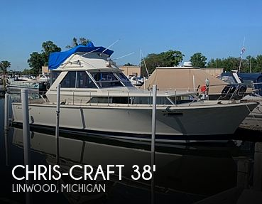 Used Motoryachts For Sale in Michigan by owner | 1969 38 foot Chris-Craft Commander
