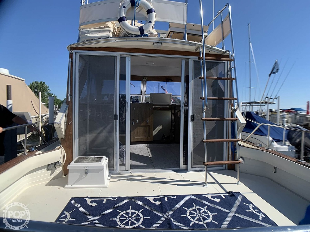 1969 Chris Craft boat for sale, model of the boat is 38 Commander & Image # 32 of 40