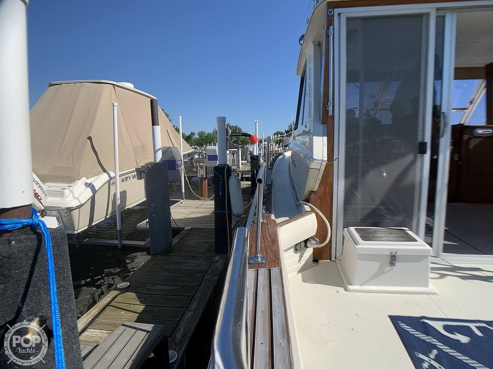 1969 Chris Craft boat for sale, model of the boat is 38 Commander & Image # 38 of 40