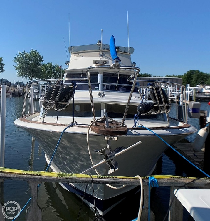 1969 Chris Craft boat for sale, model of the boat is 38 Commander & Image # 3 of 40