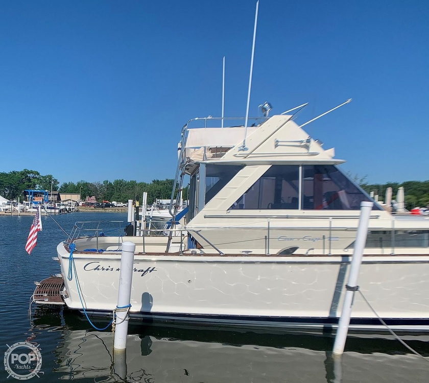 1969 Chris Craft boat for sale, model of the boat is 38 Commander & Image # 9 of 40