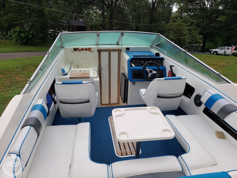 1990 Sea Ray boat for sale, model of the boat is 220 Overnighter & Image # 2 of 40