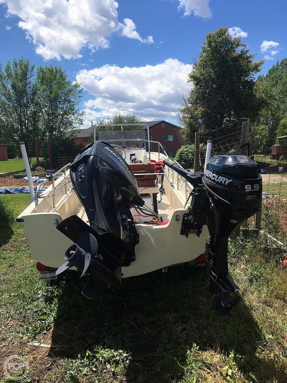 1975 Boston Whaler boat for sale, model of the boat is Montauk 17 & Image # 3 of 9