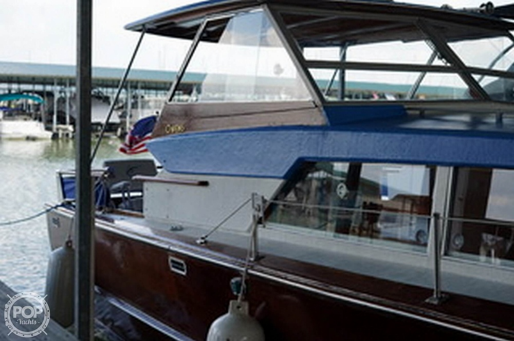 1968 Owens boat for sale, model of the boat is Flagship 28 Express & Image # 6 of 40