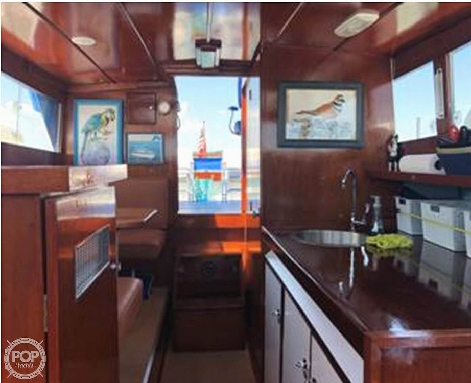 1968 Owens boat for sale, model of the boat is Flagship 28 Express & Image # 12 of 40