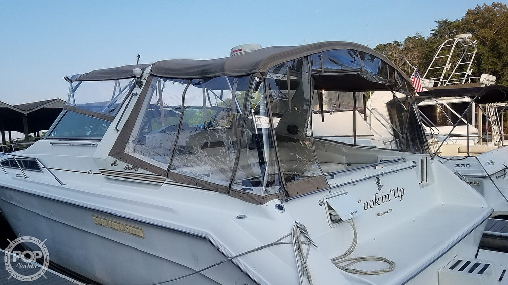 1990 Sea Ray boat for sale, model of the boat is 420 Sundancer & Image # 6 of 40