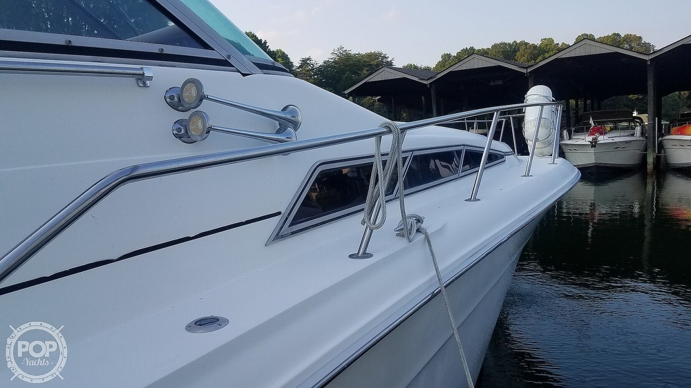 1990 Sea Ray boat for sale, model of the boat is 420 Sundancer & Image # 7 of 40