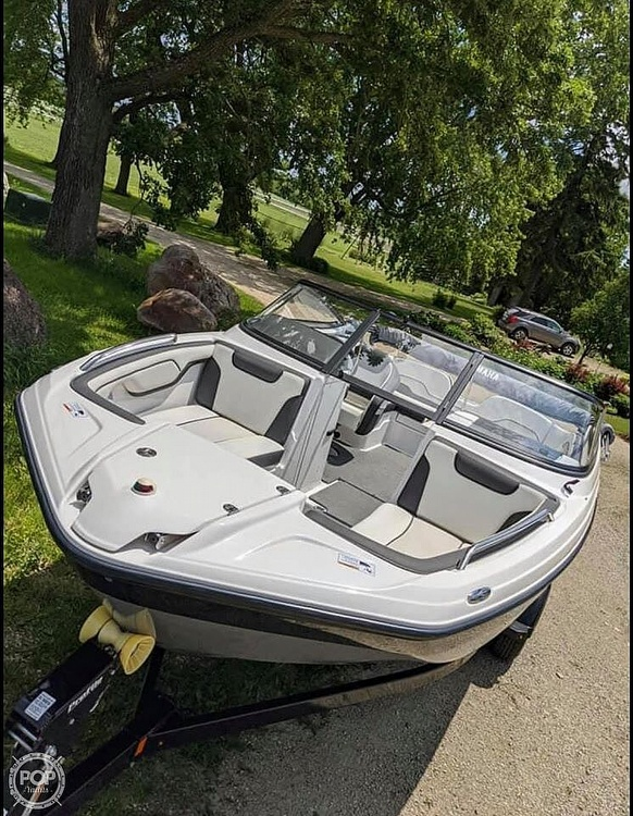 2017 Yamaha boat for sale, model of the boat is SX210 & Image # 7 of 41
