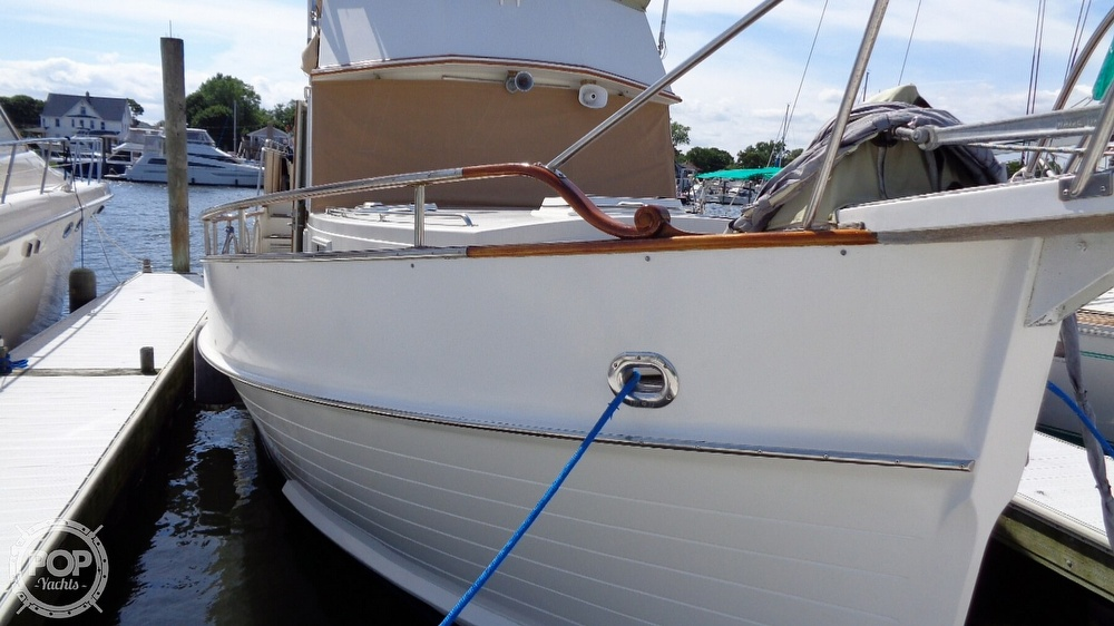 1990 Grand Banks boat for sale, model of the boat is 42 MY & Image # 8 of 40