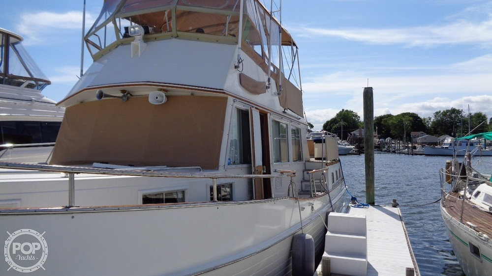 1990 Grand Banks boat for sale, model of the boat is 42 MY & Image # 17 of 40