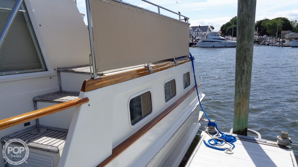 1990 Grand Banks boat for sale, model of the boat is 42 MY & Image # 19 of 40