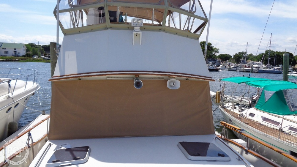 1990 Grand Banks boat for sale, model of the boat is 42 MY & Image # 31 of 40