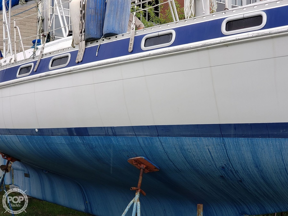 1981 Morgan boat for sale, model of the boat is Out Island 416 & Image # 23 of 40