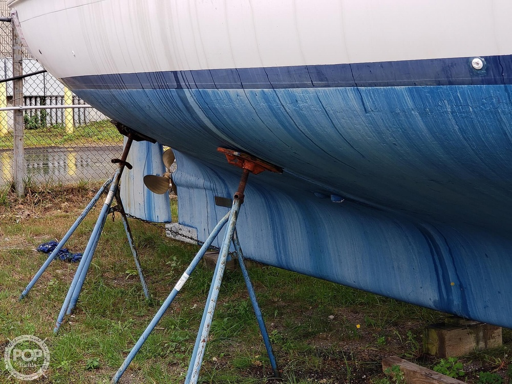 1981 Morgan boat for sale, model of the boat is Out Island 416 & Image # 26 of 40