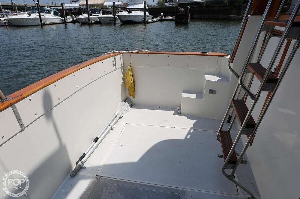 1987 Bayliner boat for sale, model of the boat is 3870 & Image # 30 of 40