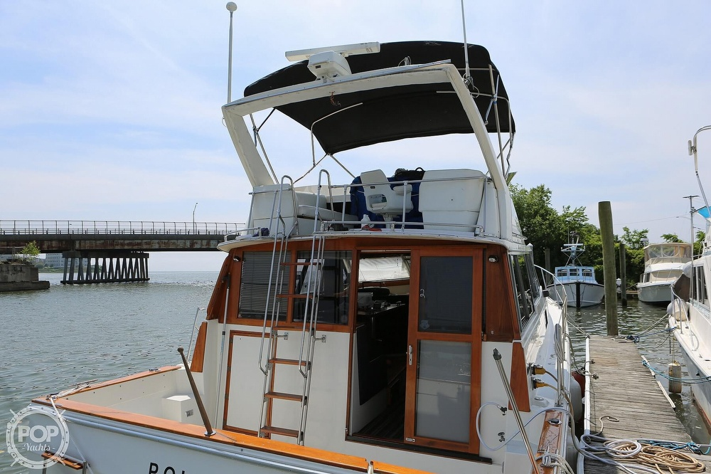 1987 Bayliner boat for sale, model of the boat is 3870 & Image # 9 of 40